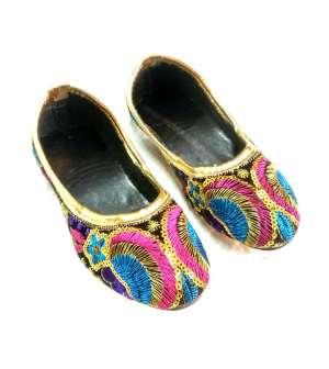 Hoor Mojari & Handicrafts 051