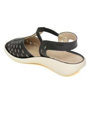 Bella Toes 074